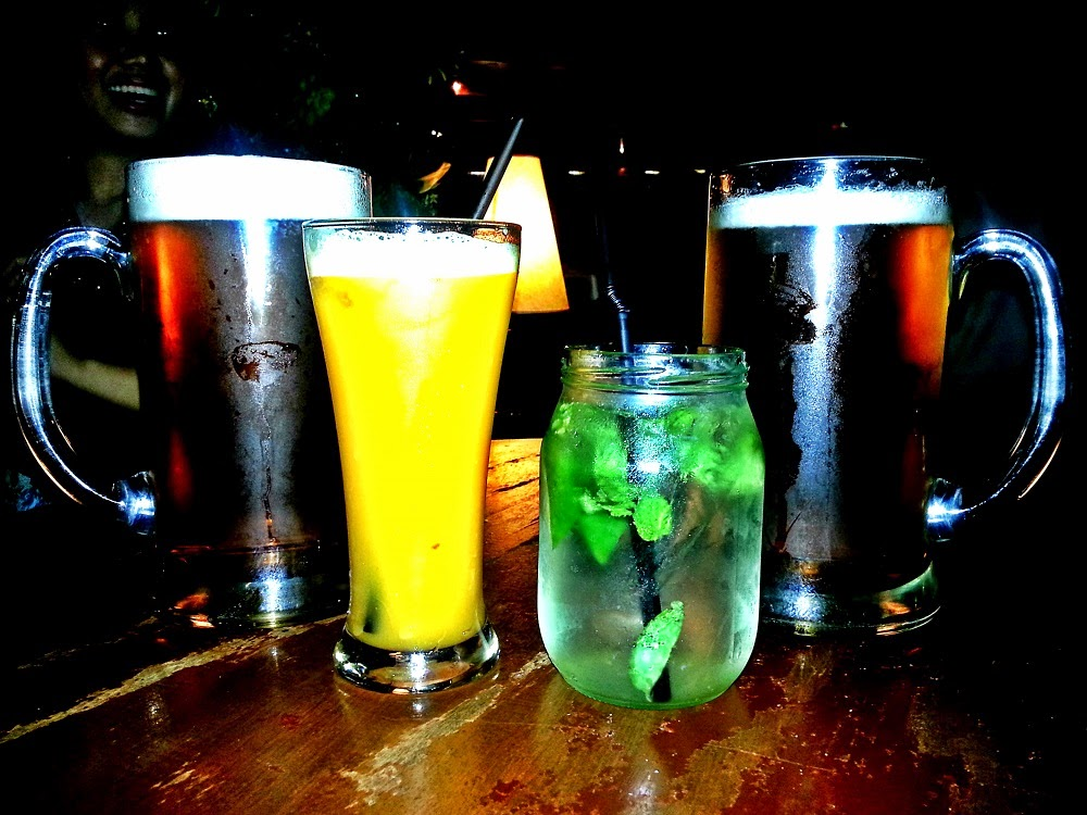 Happy Hour: Friday Night at Rue Bourbon