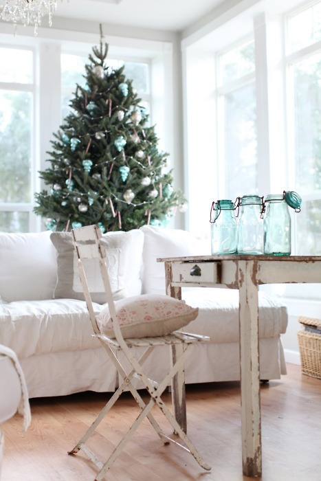 A shabby chic style christmas day i heart shabby chic for Shabby chic christmas