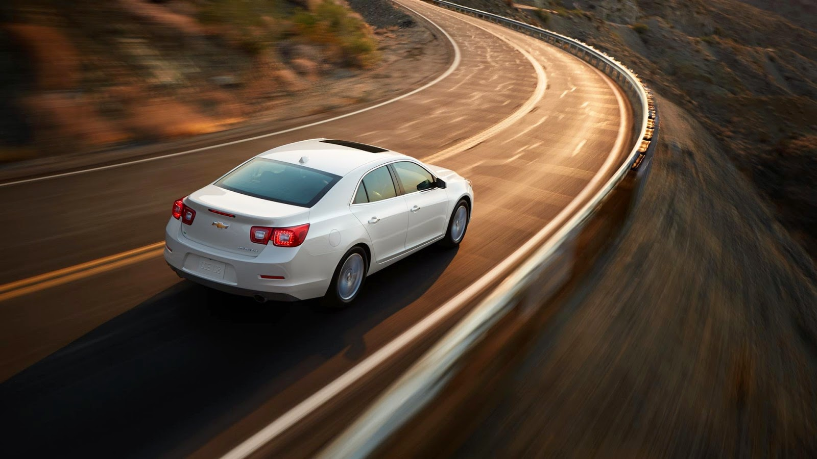 2014 Chevrolet Malibu: IIHS Top Safety Pick+