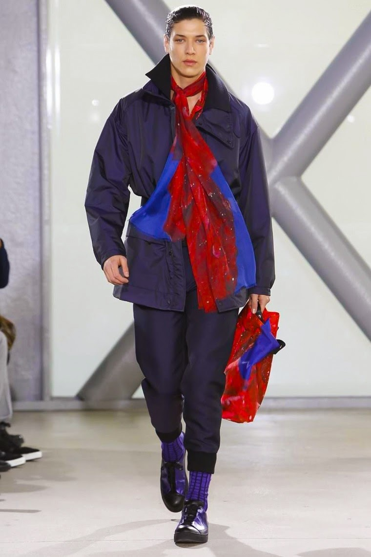 Issey Miyake Men AW15, Issey Miyake Men FW15, Issey Miyake Men Fall Winter 2015, Issey Miyake Men Autumn Winter 2015, Issey Miyake Men, Issey Miyake fall winter, Issey Miyake bao bao, issey miyake sac, dessin aux podiums, dudessinauxpodiums, mode homme, menswear, habits, prêt-à-porter, tendance fashion, blog mode homme, magazine mode homme, site mode homme, conseil mode homme, doudoune homme, veste homme, chemise homme, vintage look, dress to impress, dress for less, boho, unique vintage, alloy clothing, venus clothing, la moda, spring trends, tendance, tendance de mode, blog de mode, fashion blog, blog mode, mode paris, paris mode, fashion news, designer, fashion designer, moda in pelle, ross dress for less, fashion magazines, fashion blogs, mode a toi, revista de moda, vintage, vintage definition, vintage retro, top fashion, suits online, blog de moda, blog moda, ropa, blogs de moda, fashion tops, vetement tendance, fashion week, Paris Fashion Week