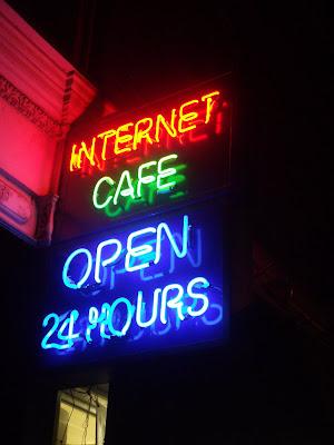 Tienda abierta 24 horas