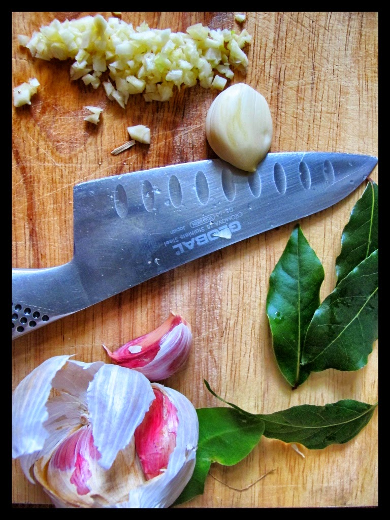 chopping garlic, knife skills