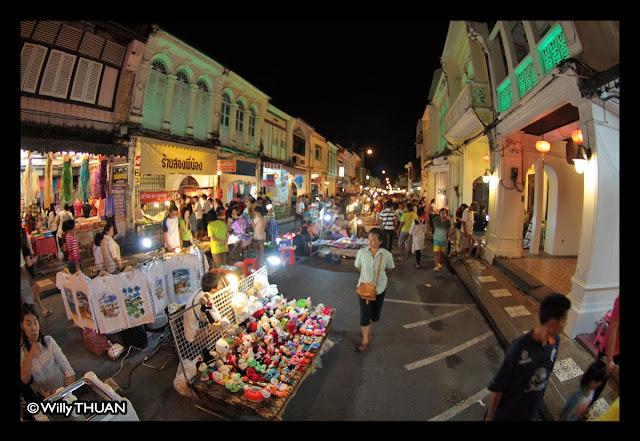 Phukt Walking Street