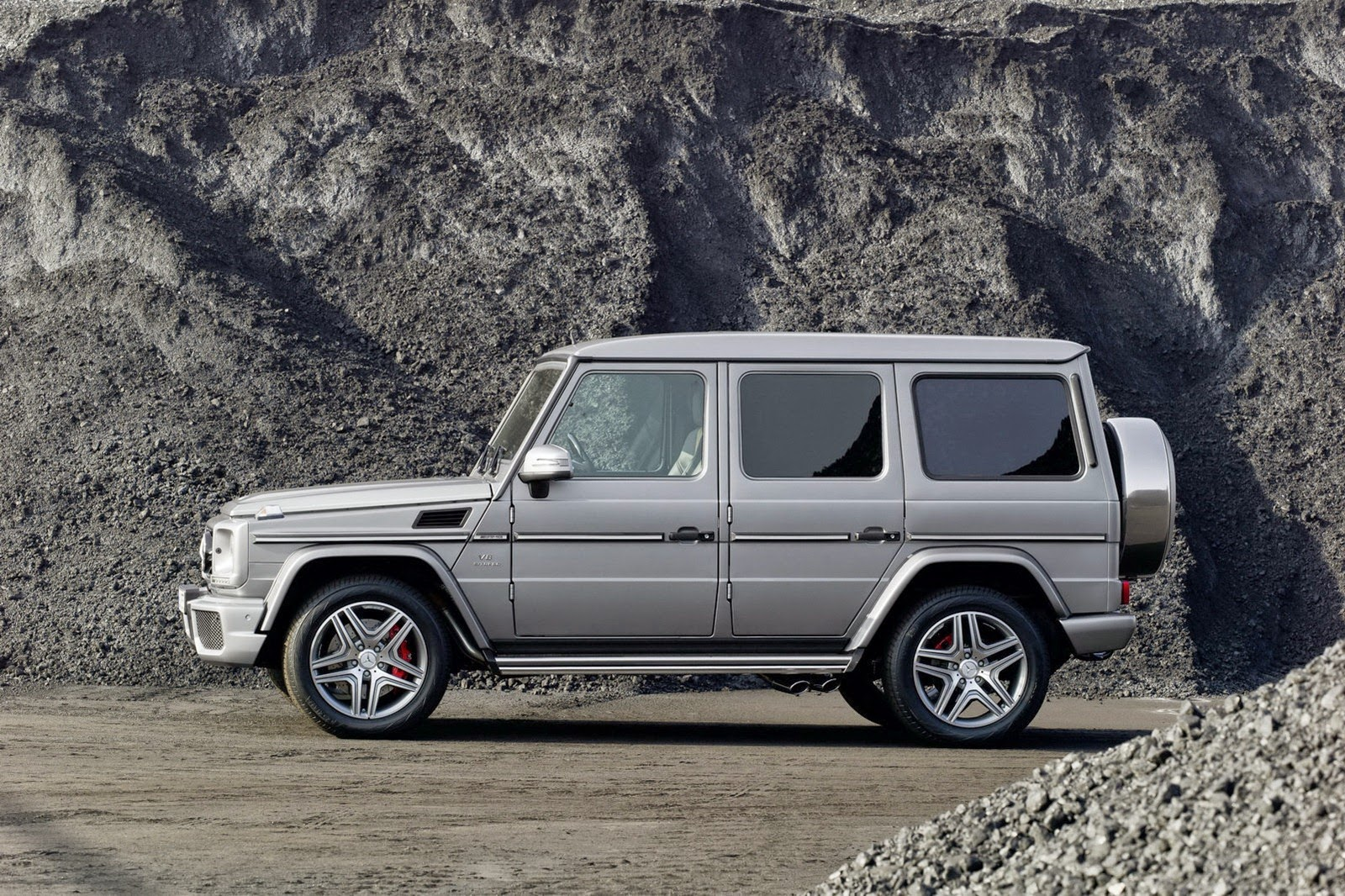Mercedes to give g class biggest makeover yet for 2016 for Biggest mercedes benz