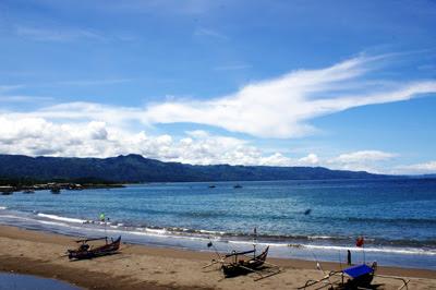 Pantai Pelabuhan Ratu Panorama Keindahan Laut Berselimut Mistik