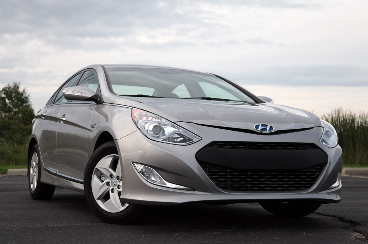 automotiveblogz 2011 hyundai sonata hybrid review photos. Black Bedroom Furniture Sets. Home Design Ideas