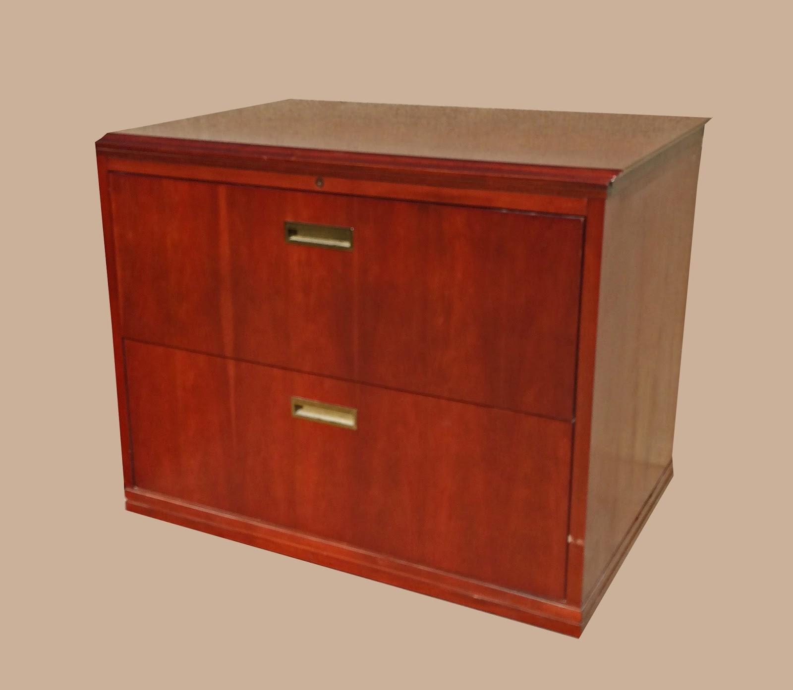 Uhuru Furniture Amp Collectibles Large Mahogany Locking 2 Drawer Horizontal File Cabinets 155