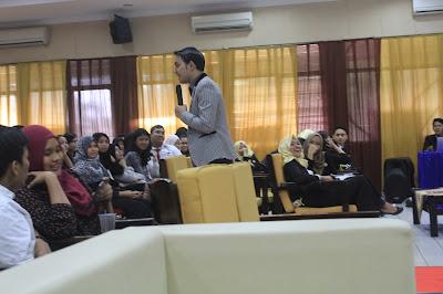 motivator indonesia, motivator terbaik, motivator entrepreneur, motivator indonesia, motivator ganteng, motivator muda, motivator terbaik, training motivasi, seminar motivasi, training karyawan, pelatihan karyawan, training mahasiswa, pelatihan mahasiswa