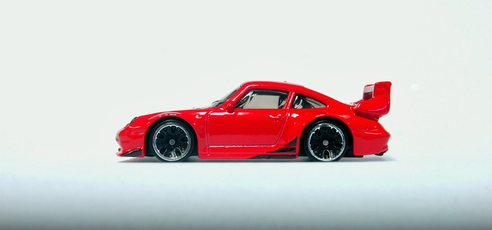 the lamley group lamley news porsche 993 gt2 in the 2014 hot wheels mainline the latest hw. Black Bedroom Furniture Sets. Home Design Ideas