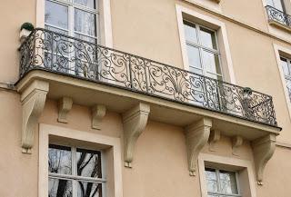 Balcon du 11 quai d'Anjou à Paris