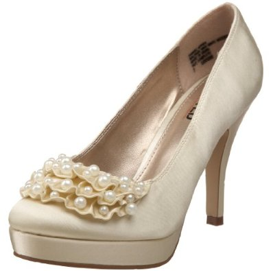The Acceptable Ivory Wedding Shoes