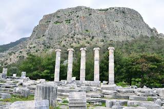 Priene - Templul Atenei si Acropolele de la Priene