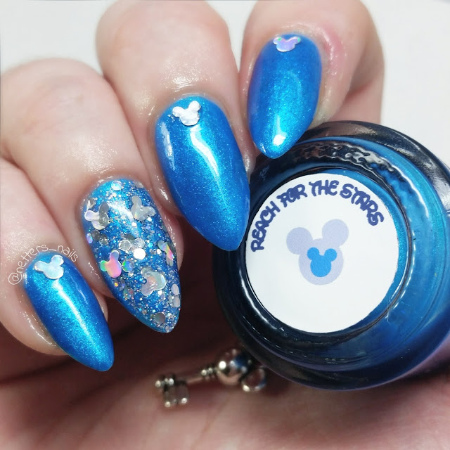 The lady varnishes reach for the stars swatch