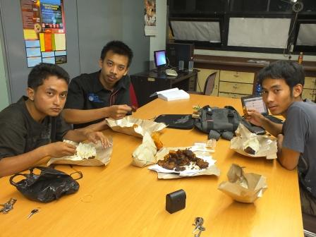 makan bareng lab pendingin ITS