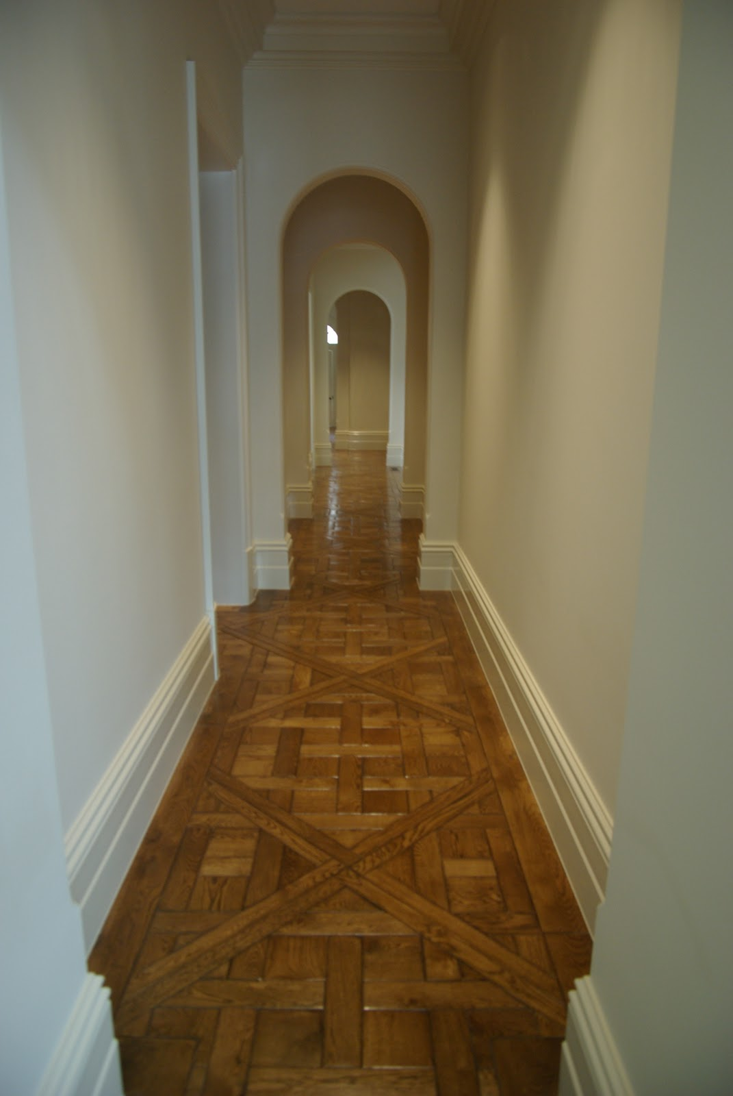 Solid french oak versailles panels renaissance parquet for Floor in french