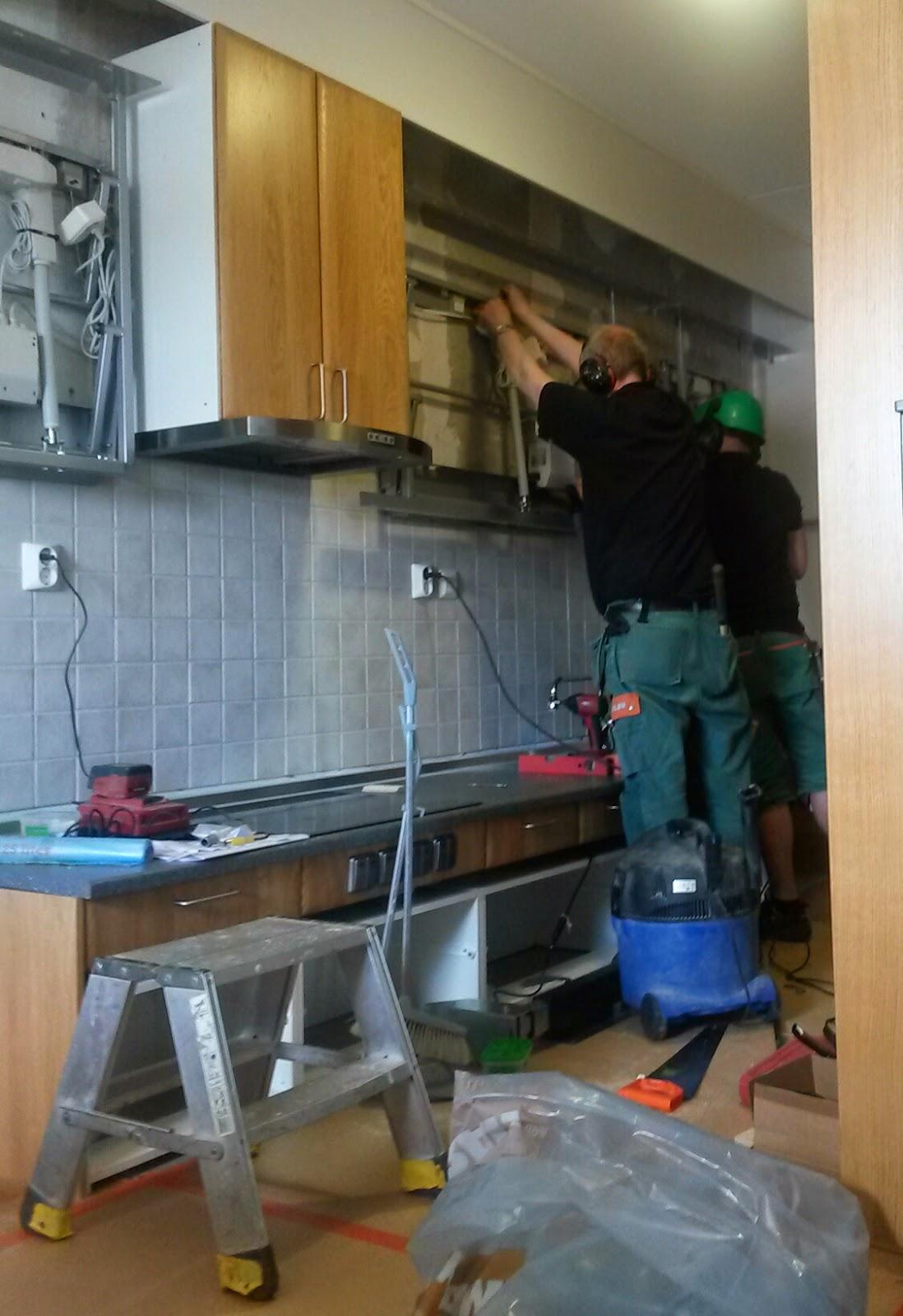 EN METER VARDAG: Renovering av 1,5 år gammalt kök...