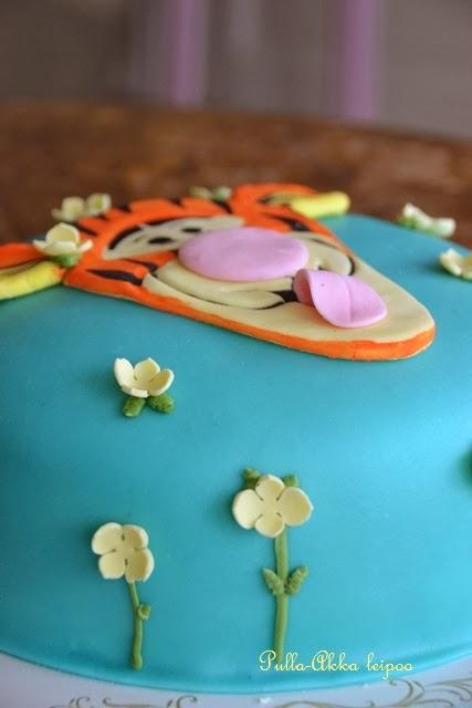 Tigger cake
