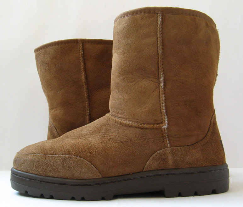 used ugg boots size 11