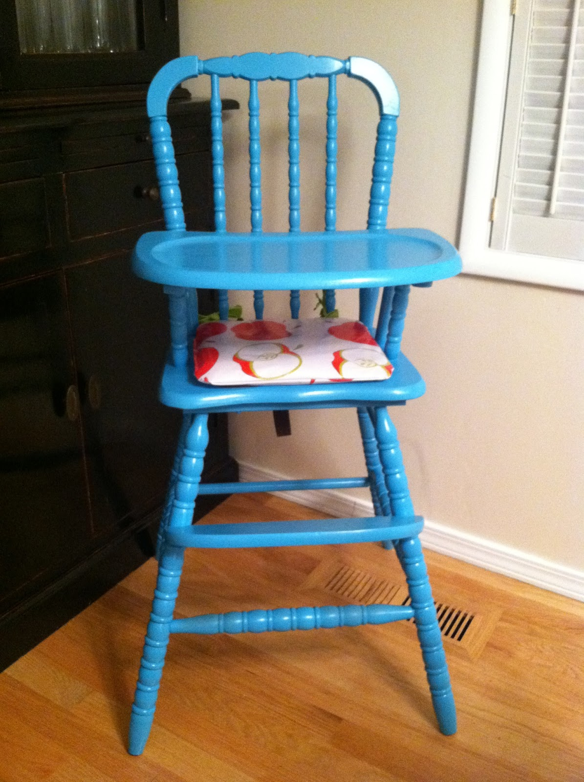Painted wooden high chairs - Before After Carson S Highchair