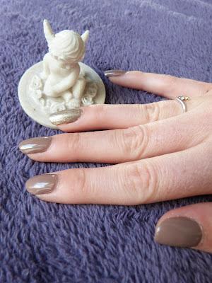 nail art accent nail