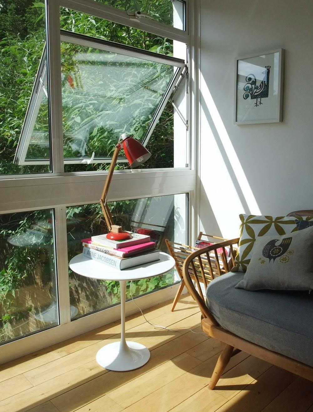 ERCOL Couch No. 355 mit George Nelson Table Beistelltisch im Mid-Century Design