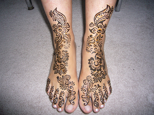 tattoo today 39 s easy mehndi designs for feet. Black Bedroom Furniture Sets. Home Design Ideas
