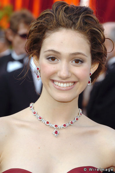 TOP 20 Celebrity Emmy Rossum Fashionable Hairstyles 16