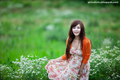 Ryu-Ji-Hye-Flower-Dress-13-very cute asian girl-girlcute4u.blogspot.com