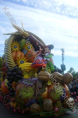 Char Mickey Disneyland