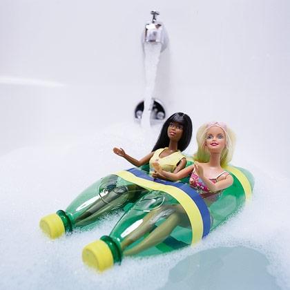 Lavoretti per bambini - barca con il riciclo creativo plastica