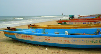 Memories of Madras Chennai, photos of boats on Marina Beach Chennai,