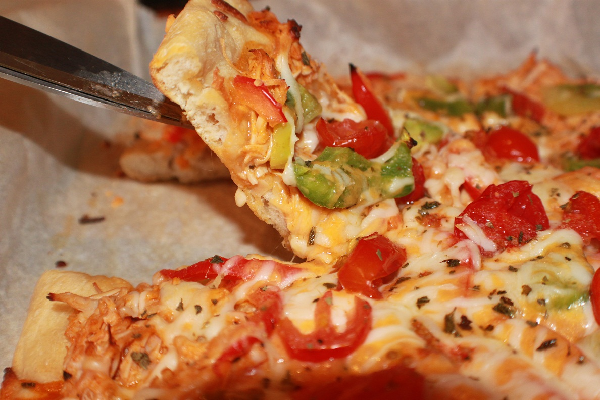 ... ' Italian Style Cuisine: Leftover Turkey Buffalo Sauce Pizza Recipe