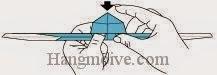 Bước 16: Dùng tay ấn nõm đầu xuống dưới để tạo một mặt  phẳng.