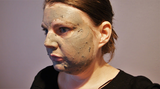 GLAMGLOW YOUTHMUD Tingleexfoliate Face Mask
