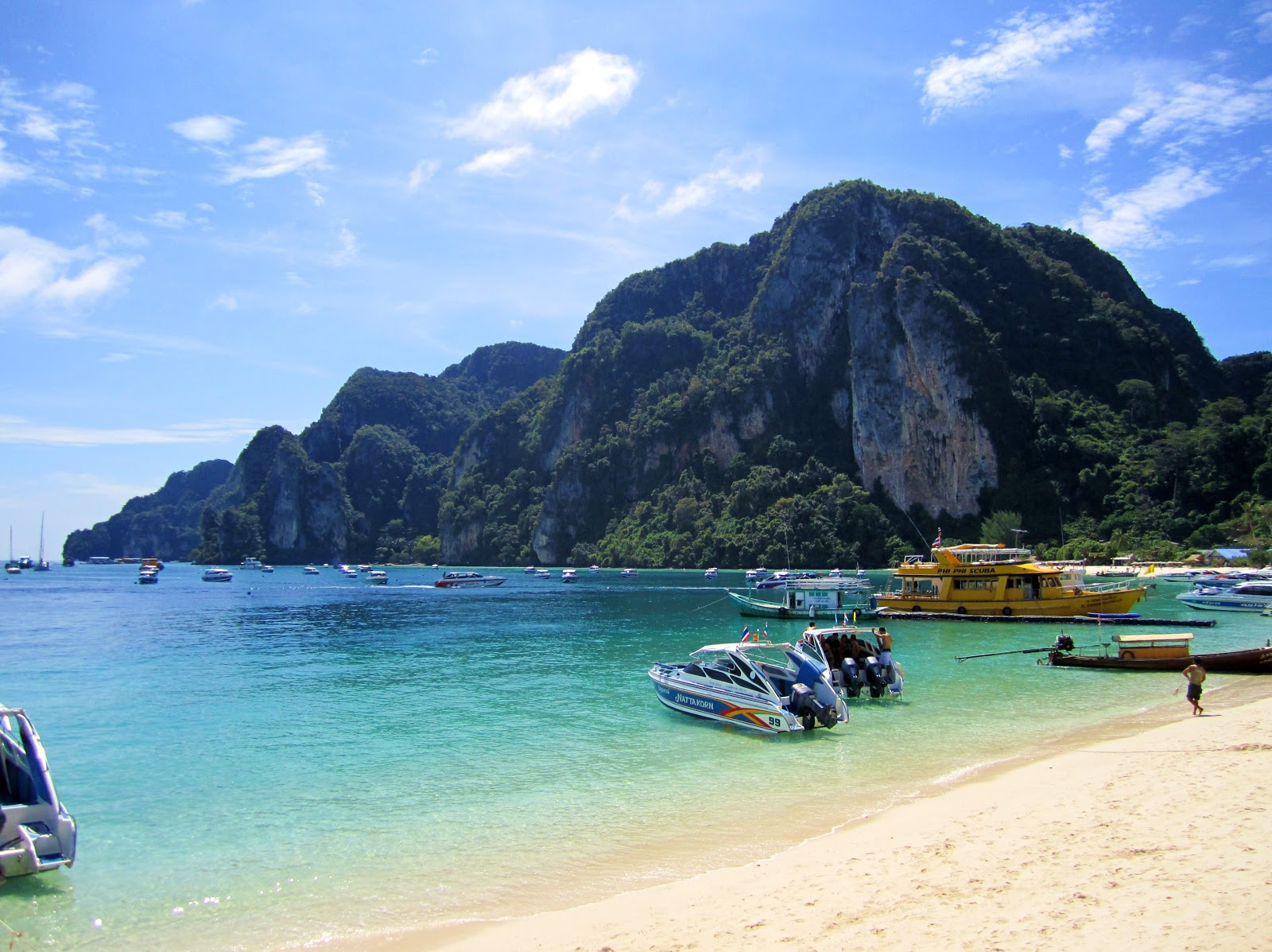World Visits: Visit to Ko Phi Phi Travel Guide
