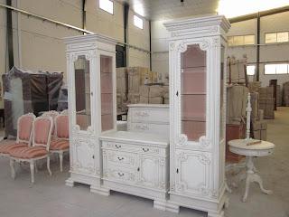 Mebel klasik almari hias dan bufet tv solid kayu mahoni finishing cat putih