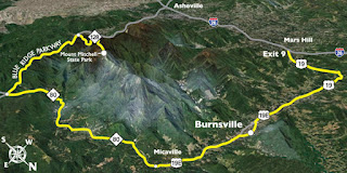 http://www.romanticasheville.com/sites/default/files/images/basic_page/mt_mitchell_scenic_byway2.jpg