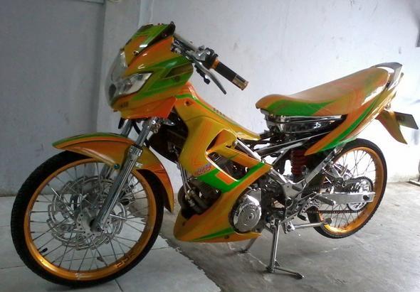 10 Modifikasi Motor Satria FU Terkeren title=