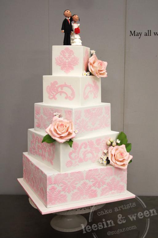 penang wedding cakes by leesin pink stencil off set wedding cake. Black Bedroom Furniture Sets. Home Design Ideas