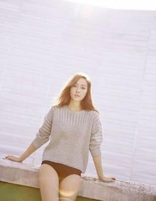 Fans Kecewa Ketika Jessica eks SNSD Foto Topless dan Pamer Celana Dalam
