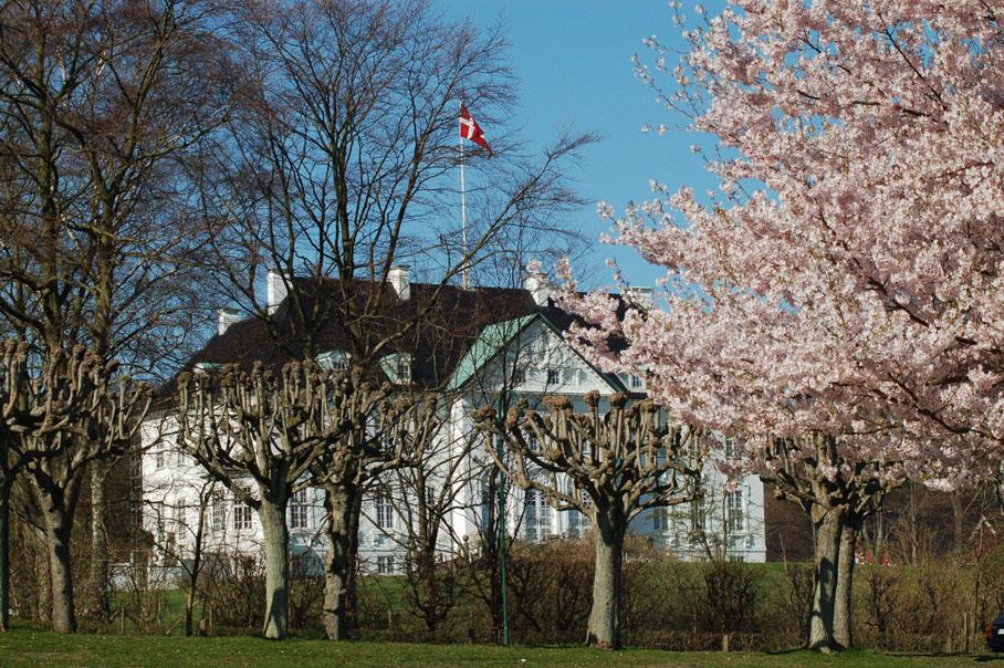 Marselisborg castle spring