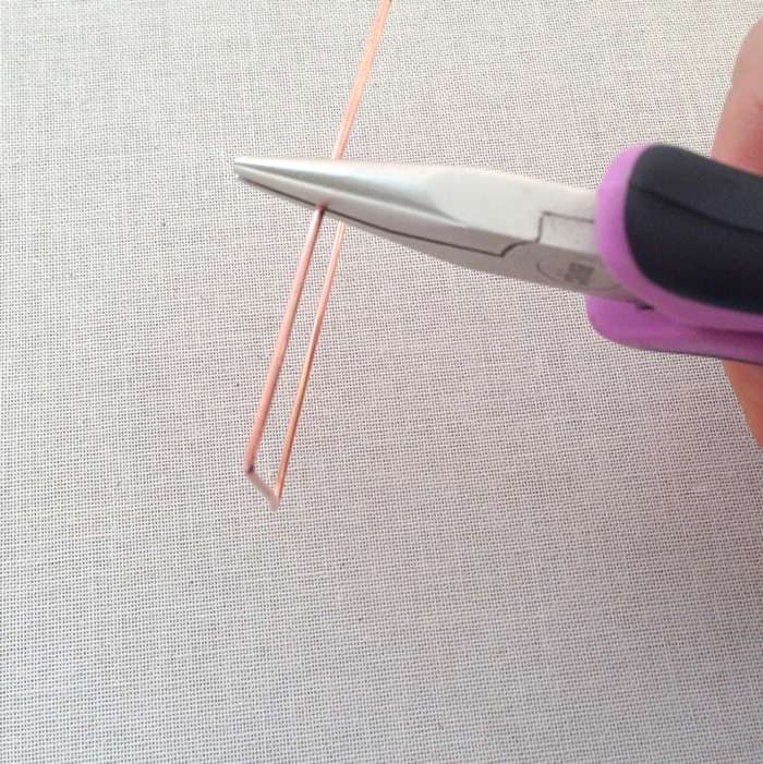 Steps to make square or diamond wire frame to use for beading: Lisa Yang's Jewelry Blog