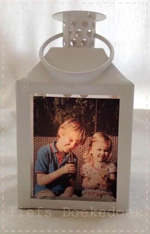 afbeelding van foto zoon- en dochterlief op fotolantaarn oma, door Doekedoek, www.doekedoek.nl