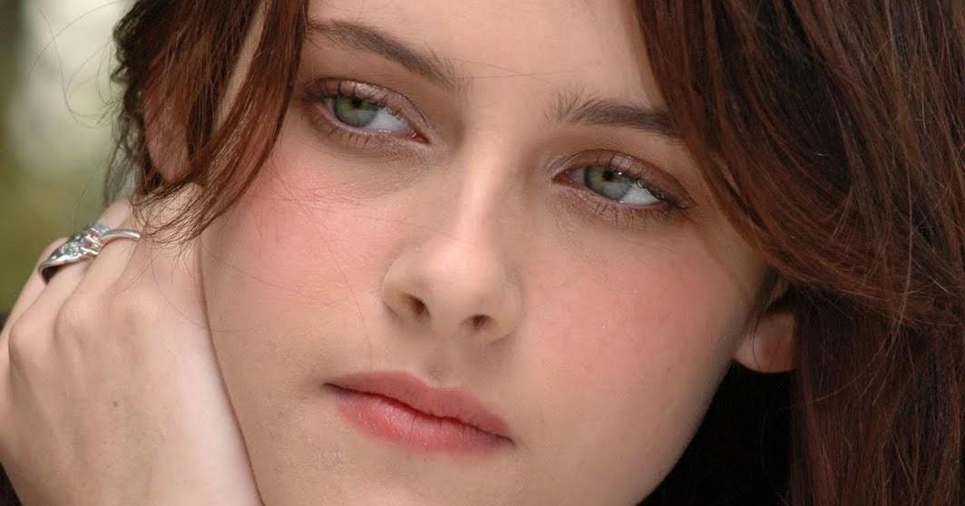 Kristen Stewart Cute As Ever !!! Hd Wallpapers ... Kristen Stewart