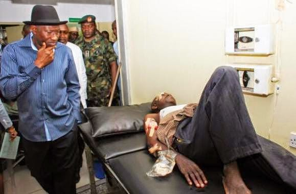 Picture 3 from President Goodluck Jonathan's Visit to Bomb Victims at Asokoro Hospital