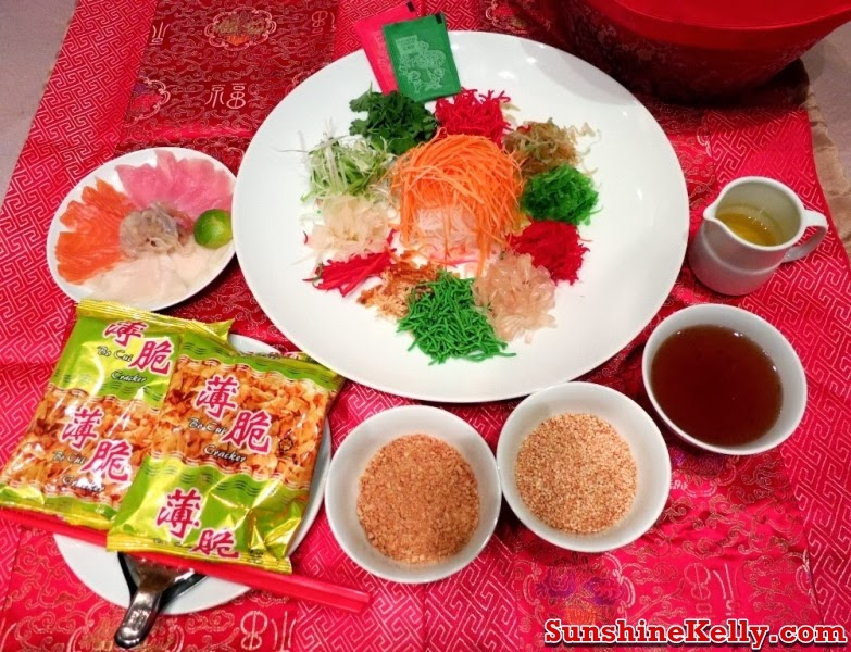 Happy Chinese New Year, Greetings From Vegas, yee sang, lou sang