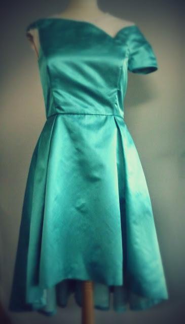 robe de cocktail rétro par créatrice à Versailles