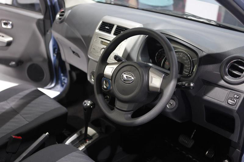 cara mengendarai mobil matic agar hemat BBM