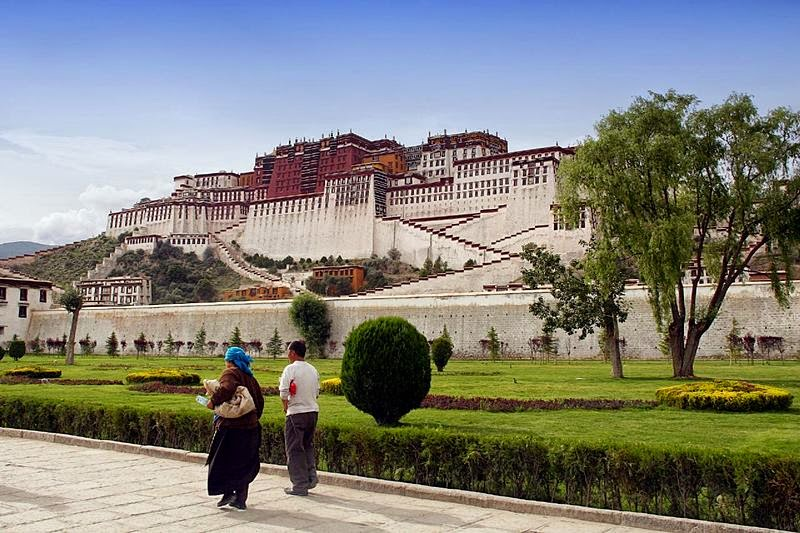 Street view of the Potala Palace
