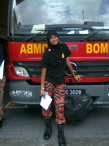 AWEK BOMBA (: